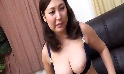 Japanese Cougar Hinako.wmv