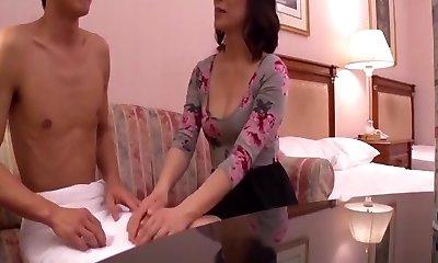 Practice sex course that Mari Matsumoto instructs politely