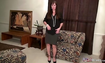 USAwives Solo Mature Gals Compilation