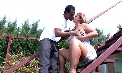Amateur mature mommy takes mature black dinky