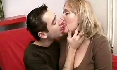 Chubby Mature Humping Young BVR