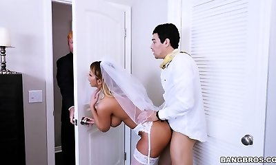 Sex With Future Step-Mom Brooklyn Chase