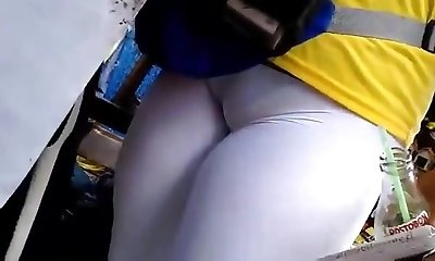 wow!!! killer ass 8 (cameltoe)