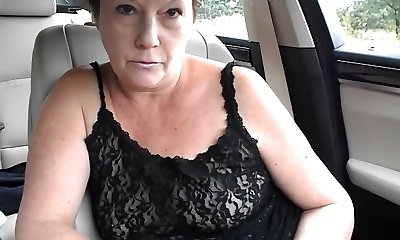 Mature tiny tit stripped to the waist dare in car