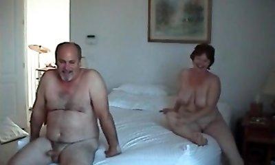 Velvet Swingers Club couples exchanging partners Mature honies