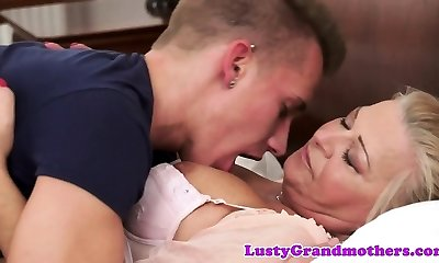 Busty amateur granny penetrated stiff by young guy