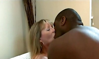 Mature Want A Large Black Cock