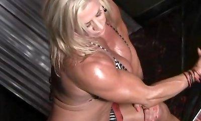 Wanda Moore 07 - Lady Bodybuilder