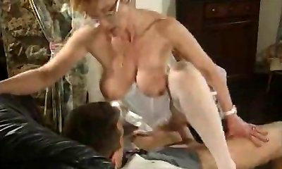 Mature French Nurse porked by two Folks
