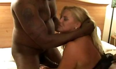 Mature Interracial Breezy