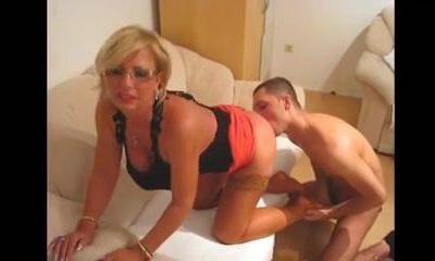 Young Man Licks Butt Hole Of A Mature Woman