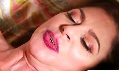 Hottie Not Step Mom Cashmere Gives Oral Job Sweet Tender Sonny