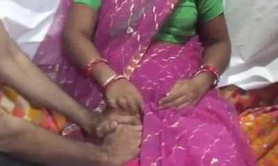 I romping my granny maid & farting noisily (Hindi Audio)