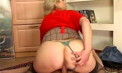 Russian busty maid nailed by youthful guy at home