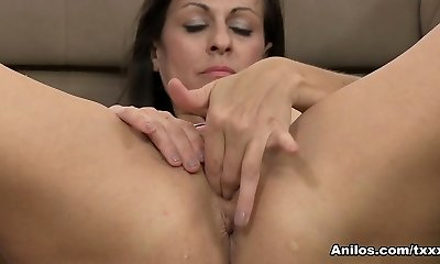 Tori Dean in Huge Melon Mature - Anilos