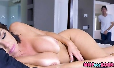 Titty Tearing Up this MILF