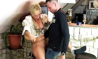 Smoking Mature Lady gives Deep Throat with cum-shot