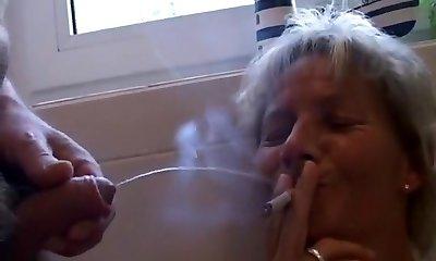 Zigarette auspissen