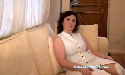 Huge-boobed mature milf panty taunt and striptease