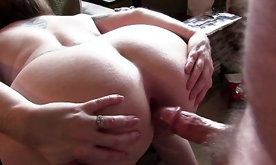 hot mature bending over for getting her bootie fucked