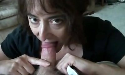 mature wifey sucking small shaft and swallows