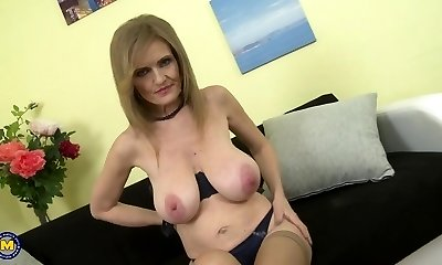 Mature goddess mom with super big saggy tits