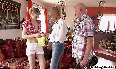 He finds her fucking with his elder mommy and dad