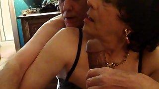 Crossdresser Bobbi Carol gets Drool Roasted