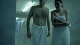 सबसे अच्छा व्यभिचारी पति दृश्य में फिल्म