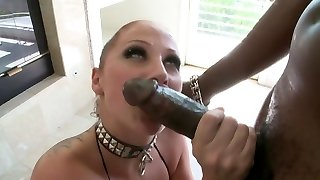 white slut fellates and fucks BBC