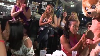 DANCING Hairy Man - Real Women, Real Horny, Sucking Big Spunk-pumps in a CFNM Party