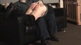 Idősebb Apa pofont által Onkel