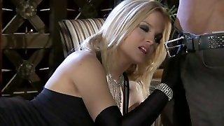 Ultra-cute blonde Alexis Texas