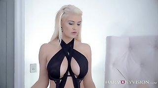 Glamour Busty Lezzies