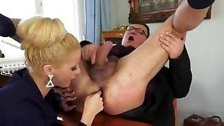 Incroyable Salope Blonde de la Prostate, Fellation Sperme dans la Bouche
