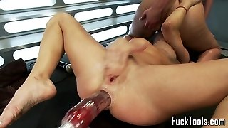 Machine loving all girl fisted in gaping donk