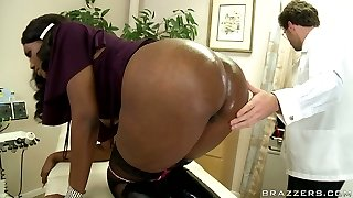 Wild doctor James Deen pounds Nyomi Banxx's dark backdoor with a faux-cock and thrusts her mouth with his dick
