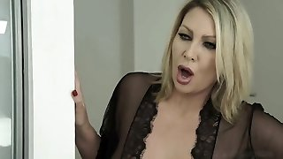 LEIGH DARBY fuck her stepson - Witness Part2 on milfcamshow tk