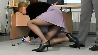 Towheaded milf drilled in her black pantyhose