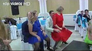 esküvői reality dögös