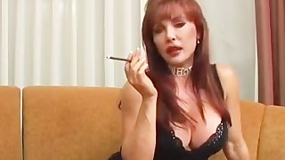 Mature Vanessa smoking and nailing