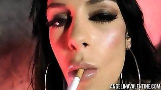 Angelina Valentine Smoking while Boinking Herself