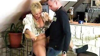 Smoking Mature Girl gives BJ with cumshot