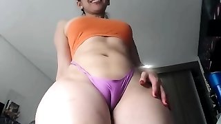 Horny milf toys snatch and asshole solo