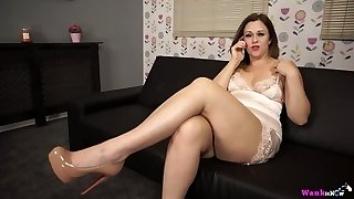 Plump chick Anna Fun is talking on the phone and toying saucy pussy