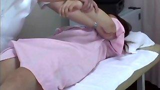 voyeur medical check-up din asia pizda cu greu să-și frigs