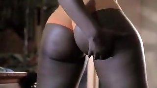 exotiques maison en noir et d'ébène, solo, adolescent fille scène porno