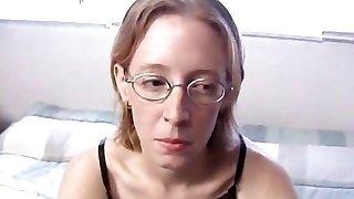karusnaha kaetud: kole nümf, kanalisatsiooni, tõeline orgasm