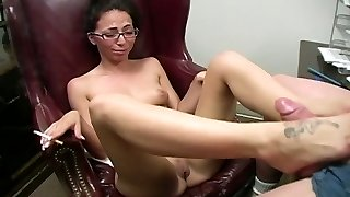 Ugly clean-shaved freak licks smelly toes of steamy brunette filth in ebony fishnets
