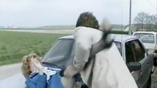 Accident de la vidéo de dur sexe en plein air